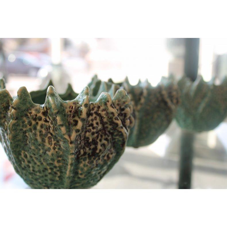 Keramik urtepotte og pynt